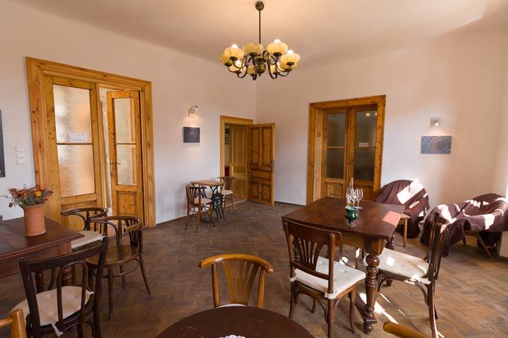 Karádi - Berger Wine bar and cellar